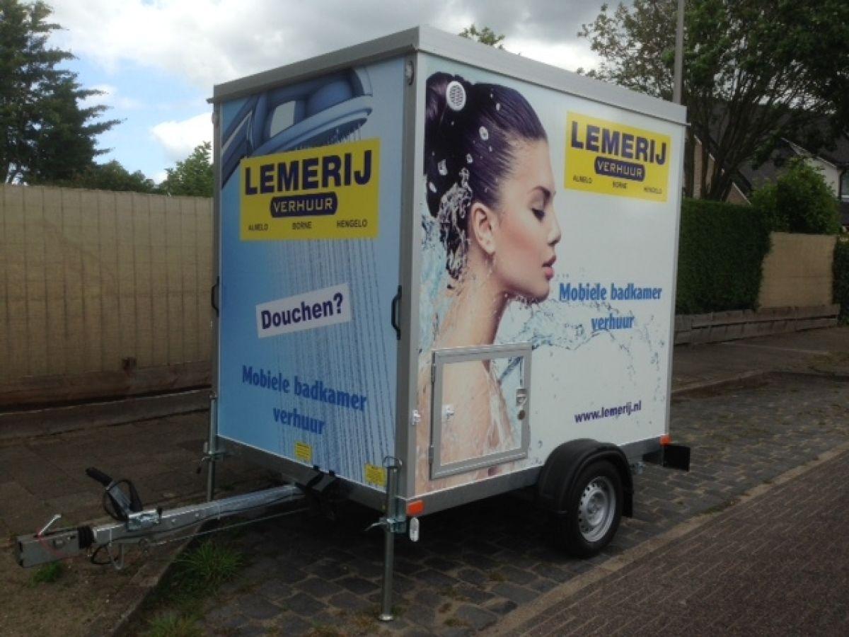 Mobiele Badkamer Aanhangwagen Model Toilet Douche En Wasbak Lemerij Verhuur